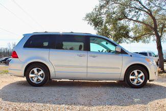 2009 Volkswagen Routan SEL Sealy, Texas 12