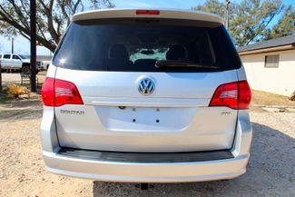 2009 Volkswagen Routan SEL Sealy, Texas 16