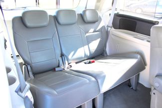 2009 Volkswagen Routan SEL Sealy, Texas 34