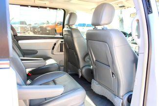 2009 Volkswagen Routan SEL Sealy, Texas 35