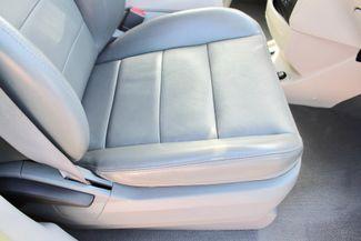 2009 Volkswagen Routan SEL Sealy, Texas 41
