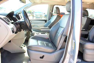2009 Volkswagen Routan SEL Sealy, Texas 25