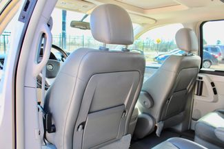 2009 Volkswagen Routan SEL Sealy, Texas 29