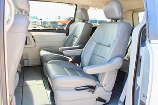 2009 Volkswagen Routan SEL Sealy, Texas 31