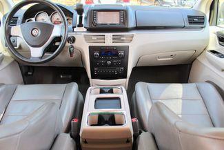 2009 Volkswagen Routan SEL Sealy, Texas 52