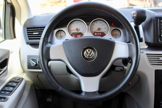 2009 Volkswagen Routan SEL Sealy, Texas 53