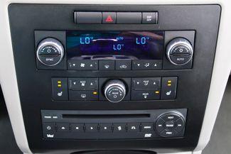 2009 Volkswagen Routan SEL Sealy, Texas 69