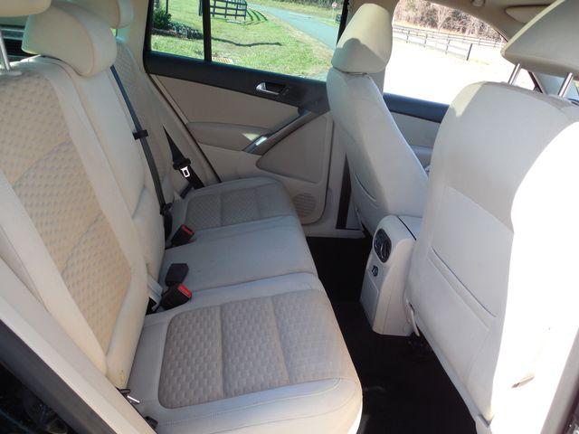 2009 Volkswagen Tiguan S Leesburg, Virginia 24