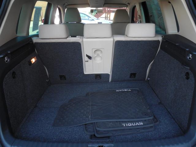 2009 Volkswagen Tiguan SE AWD Leesburg, Virginia 8