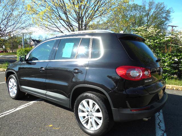 2009 Volkswagen Tiguan SE AWD Leesburg, Virginia 3