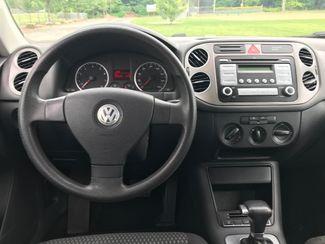 2009 Volkswagen Tiguan S Ravenna, Ohio 8