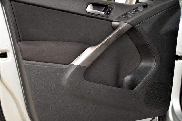 2009 Volkswagen Tiguan SE San Antonio , Texas 17