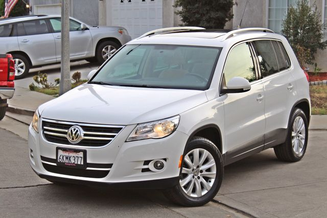 2009 Volkswagen TIGUAN SE 74K MLS 1-OWNER AUTOMATIC PANORAMIC ROOF NAVIGATION Woodland Hills, CA 31