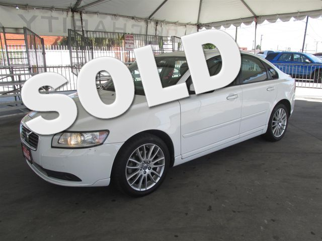 2009 Volvo S40 24L wSunroof Please call or e-mail to check availability All of our vehicles a