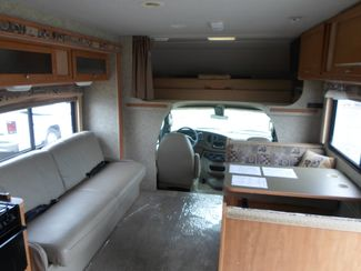 2009 Winnebago Access 231J Salem, Oregon 4