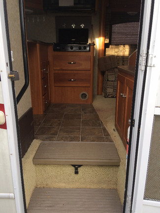 2010 Winnebago Outlook 29B Katy, Texas 15