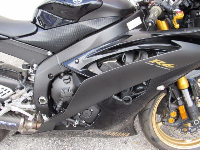 2009 Yamaha YZF R6 Dania Beach, Florida 3