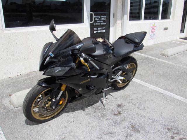 2009 Yamaha YZF R6 Dania Beach, Florida 8