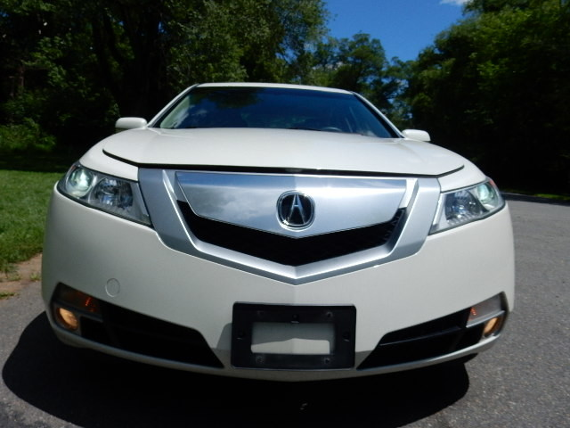 2010 Acura TL Tech *NAVI**REAR CAMERA* Leesburg, Virginia 8