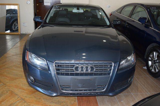 2010 Audi A5 2.0L Premium Plus Richmond Hill, New York 1