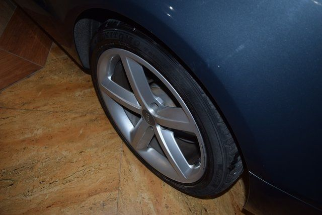 2010 Audi A5 2.0L Premium Plus Richmond Hill, New York 10
