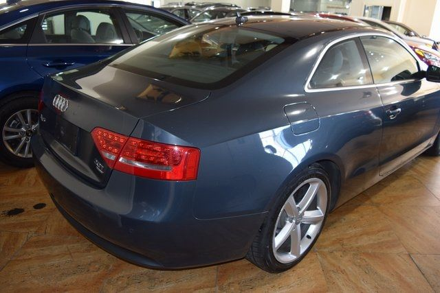2010 Audi A5 2.0L Premium Plus Richmond Hill, New York 4