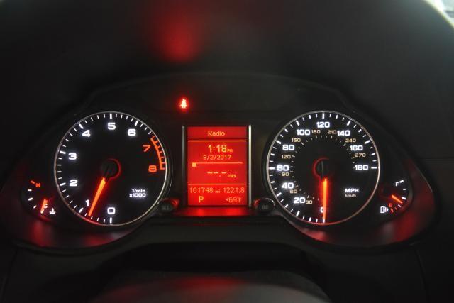 2010 Audi Q5 Premium Richmond Hill, New York 10