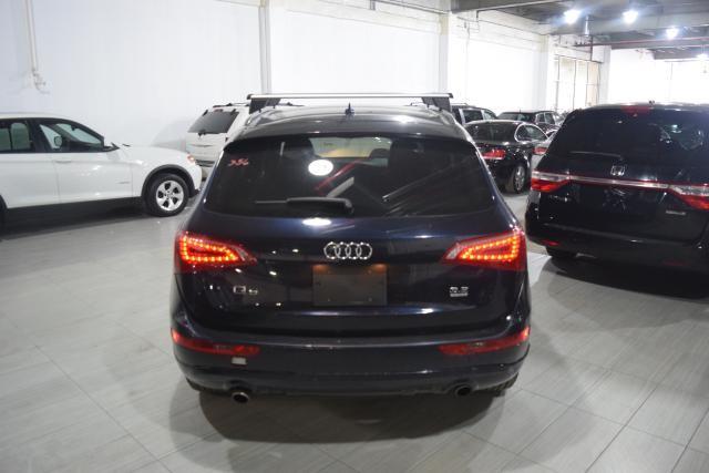 2010 Audi Q5 Premium Richmond Hill, New York 3