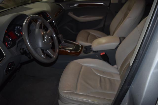 2010 Audi Q5 Premium Plus Richmond Hill, New York 13