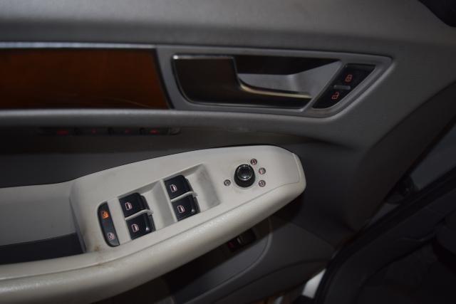 2010 Audi Q5 Premium Plus Richmond Hill, New York 14
