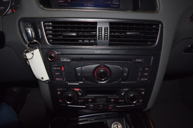 2010 Audi Q5 Premium Plus Richmond Hill, New York 18