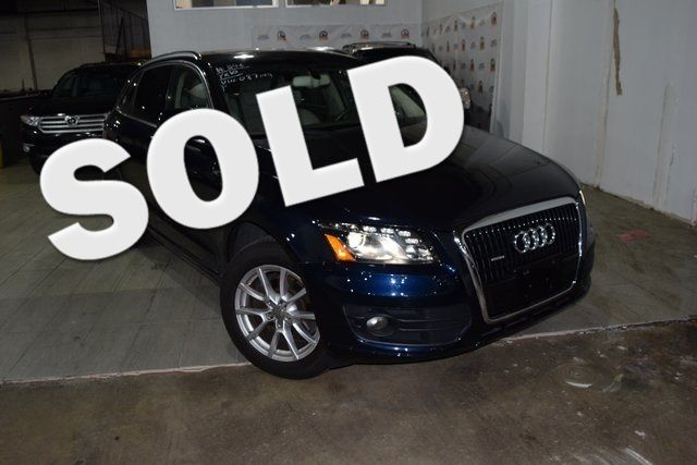 2010 Audi Q5 Premium Plus Richmond Hill, New York 0