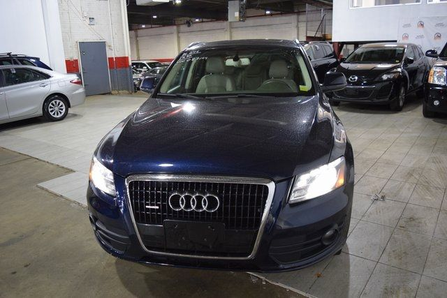 2010 Audi Q5 Premium Plus Richmond Hill, New York 2