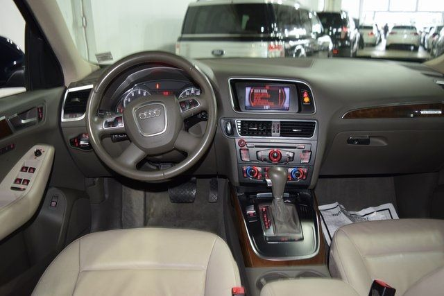2010 Audi Q5 Premium Plus Richmond Hill, New York 20