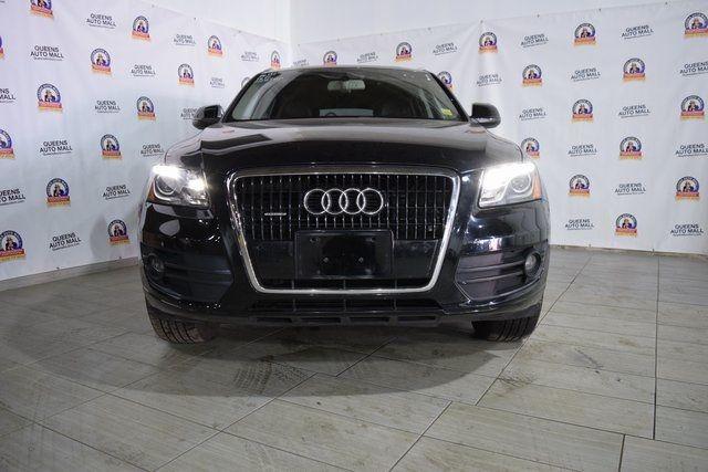 2010 Audi Q5 Premium Plus Richmond Hill, New York 1
