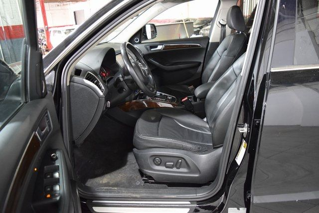 2010 Audi Q5 Premium Plus Richmond Hill, New York 11