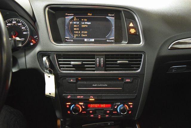 2010 Audi Q5 Premium Plus Richmond Hill, New York 16
