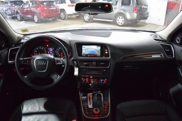 2010 Audi Q5 Premium Plus Richmond Hill, New York 21