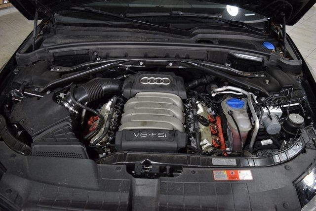 2010 Audi Q5 Premium Plus Richmond Hill, New York 31