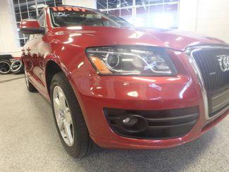 2010 Audi Q5 Premium Plus PKG! ABSOLUTELY LOADED, SHARP AND CLEAN! Saint Louis Park, MN 28