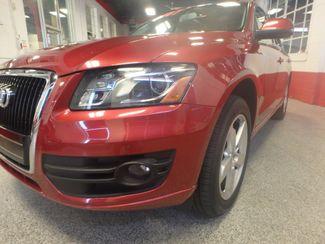 2010 Audi Q5 Premium Plus PKG! ABSOLUTELY LOADED, SHARP AND CLEAN! Saint Louis Park, MN 30