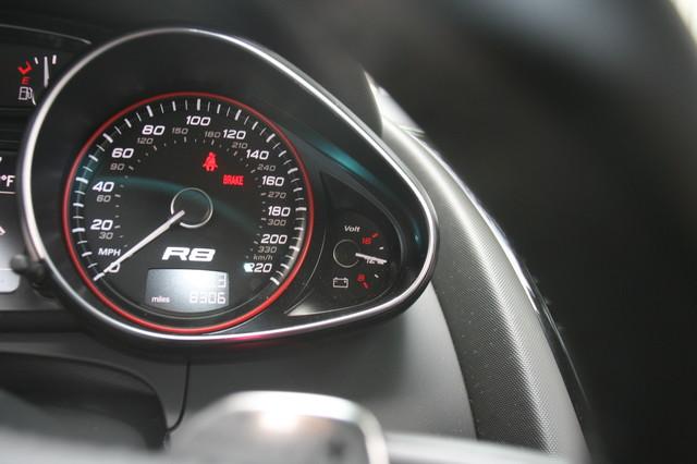 2010 Audi R8 V10 5.2L Houston, Texas 19