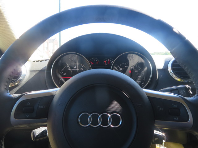 2010 Audi TT 2.0T Premium Plus Charlotte-Matthews, North Carolina 12