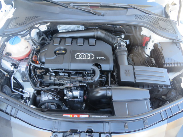 2010 Audi TT 2.0T Premium Plus Charlotte-Matthews, North Carolina 23