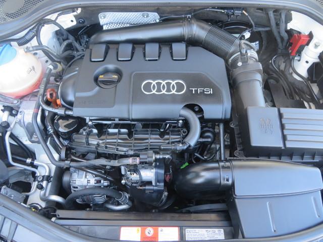 2010 Audi TT 2.0T Premium Plus Charlotte-Matthews, North Carolina 25