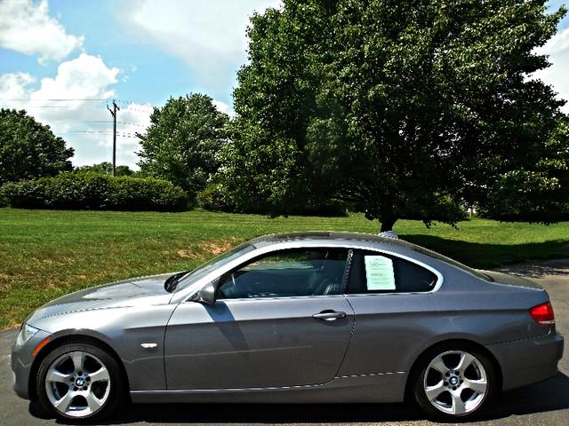 2010 BMW 328i Leesburg, Virginia 3