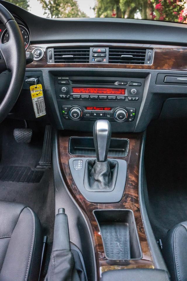2010 BMW 328i  AUTO - 83K MILES - CD PLAYER - BLACK/BLACK Reseda, CA 20