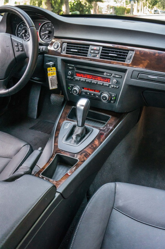 2010 BMW 328i  AUTO - 83K MILES - CD PLAYER - BLACK/BLACK Reseda, CA 19