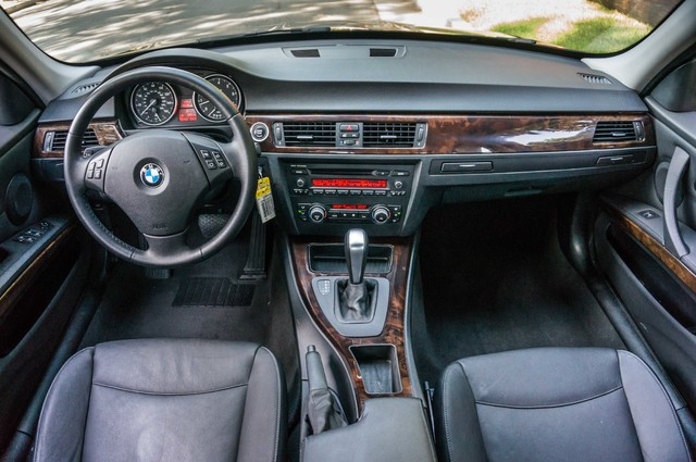 2010 BMW 328i  AUTO - 83K MILES - CD PLAYER - BLACK/BLACK Reseda, CA 17
