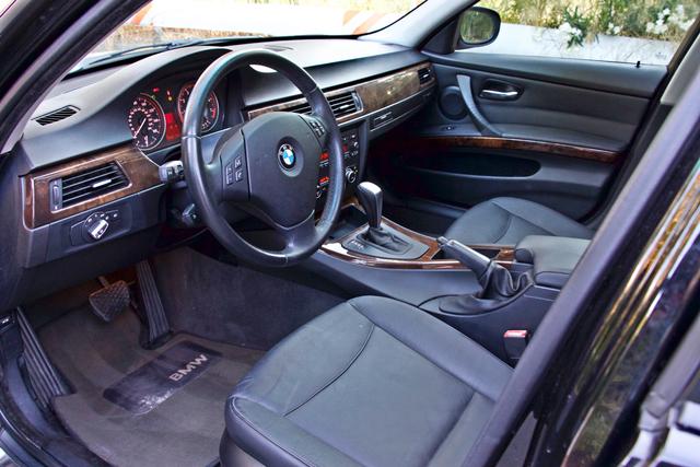 2010 BMW 328i SEDAN PREMIUM PKG ONLY 77K MLS AUTOMATIC ALLOY WHLS SERVICE RECORDS Woodland Hills, CA 13